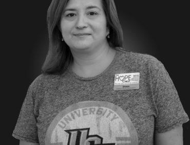 Diana Elenz, Customer Service Rep